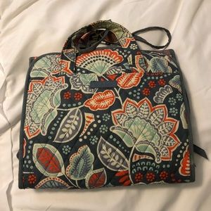 Vera Bradley Hanging Travel cosmetic Organizer